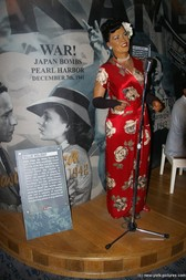 Billie Holiday at Madame Tussauds in New York.jpg