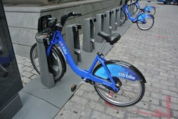 Close up view of a Citi Bike for rent at Bowling Green Manhattan New York.jpg