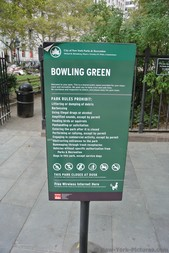 Bowling Green Park sign in Manhattan New York.jpg