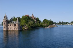 Boldt Castle New York on St Lawrence River seen from 1000 Island Boat Tour.jpg