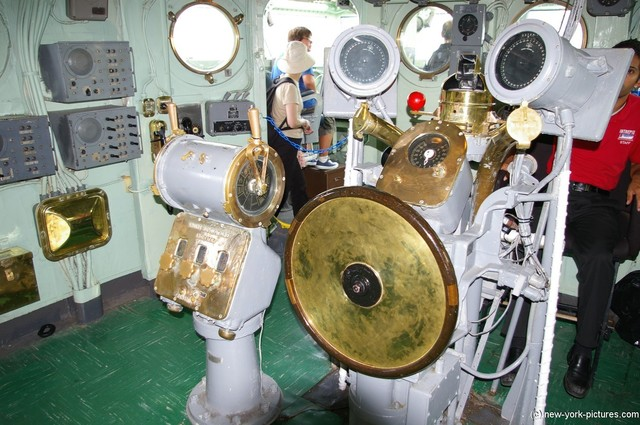 Steering wheel and controls of the Intrepid Aircraft Carrier jpg Hi