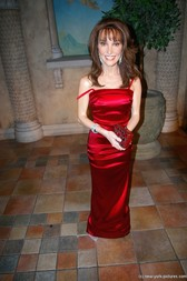 Susan Lucci wax figure at Madame Tussaud's New York Wax Museum.jpg