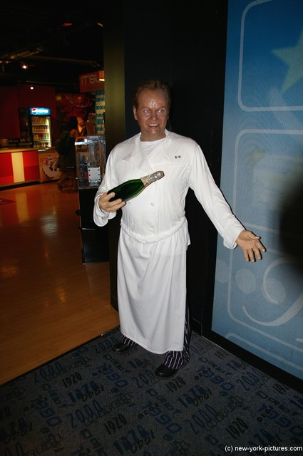 Wolfgang Puck at Madame Tussauds in New York.jpg