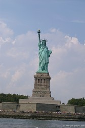 Statue of Liberty Photos and Pictures