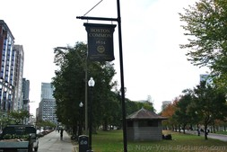 Sign says Boston Common founded in 1634.jpg