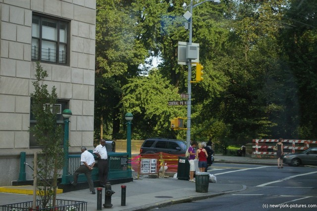 Central Park and W 86 ST in New York.jpg