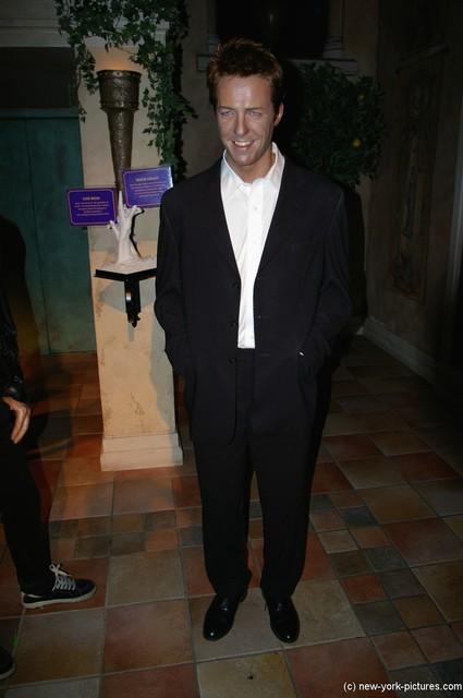 Hugh Grant Madame Tussauds
