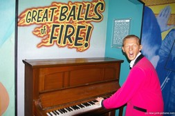 Jerry Lee Lewis at Madame Tussauds Wax Museum in New York.jpg